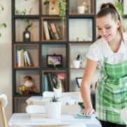 woman-serving-tables-in-cafeteria-GSHYTR2